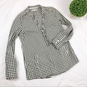 3/$20 Banana Republic gingham v neck popover shirt